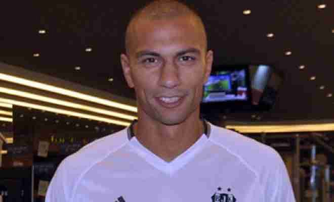 GOKHAN INLER COMPLETES BESIKTAS SWITCH!Leicester midfielder Gokhan inler has completed a move to Turkish giants Besiktas on a 3 year deal