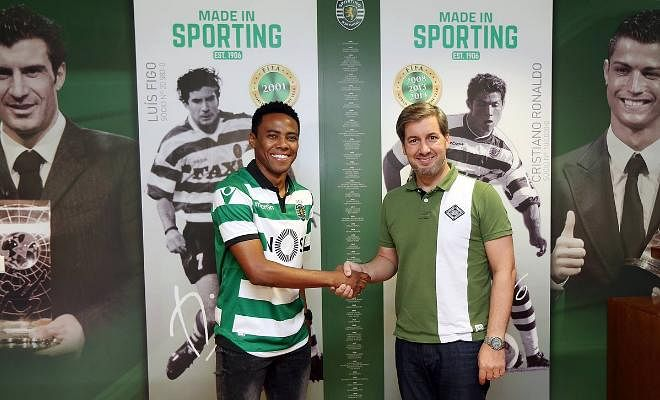 BRAZILIAN RETURNS TO FORMER CLUBElias has signed for Corinthians from Sporting CP on a two-year deal, for an undisclosed fee.