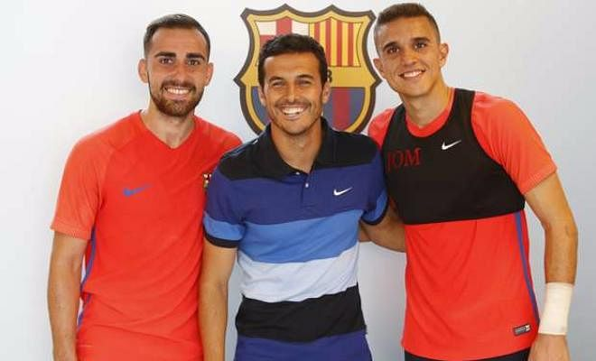 PEDRO RETURNS TO BARCELONAPedro returned to Camp Nou while on international duty, to pay a visit to his former team mates, as well as the staff who work with the Barca squad. While on his visit, he said