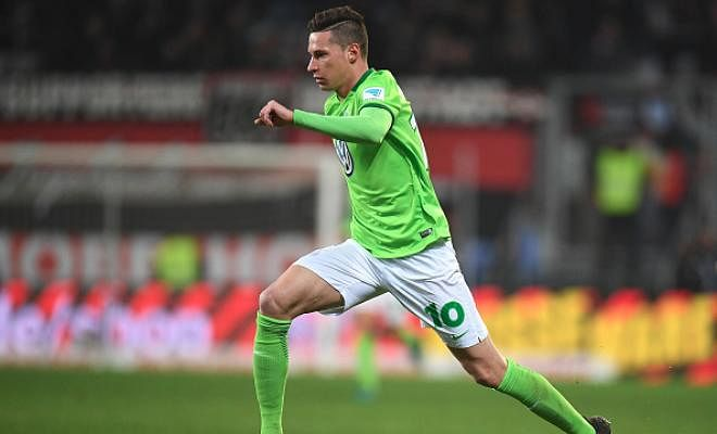 DRAXLER EDGING CLOSER TO PSG MOVE!According to reports, Julian Draxler is edging closer to agreeing terms with French giants Paris Saint Germain. The Germany international is said to have confirmed interest from two clubs and an announcement is imminent in the next couple of weeks.