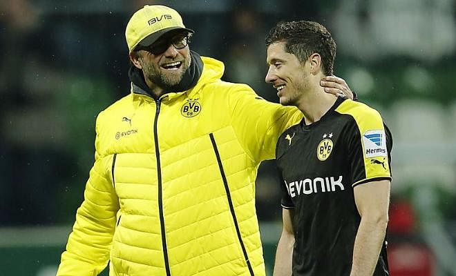 """ROBERT LEWANDOWSKI SAYS LIVERPOOL CAN WIN THE TITLE UNDERJURGEN KLOPPThe Bayern striker has spoken about his admiration of Liverpool manager Klopp, and has said """"Under Klopp I think they will be fighting for the title this season. Pep and Manchester City will not make it easy for anybody to win the title, but Liverpool have a real chance."""