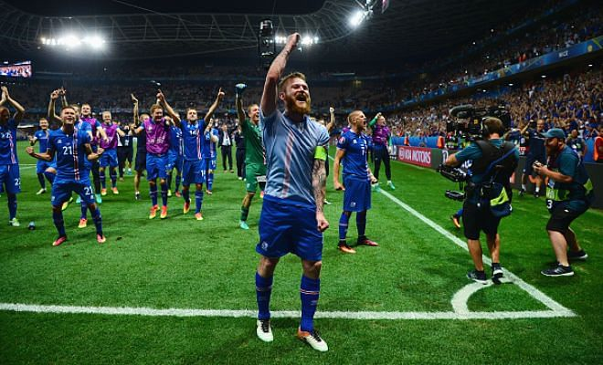 Euro hero could be on his way to Derby!Derby County are reported to be interested in signing Iceland skipper Aron Gunnarsson from Cardiff City according to Derby Telegraph.