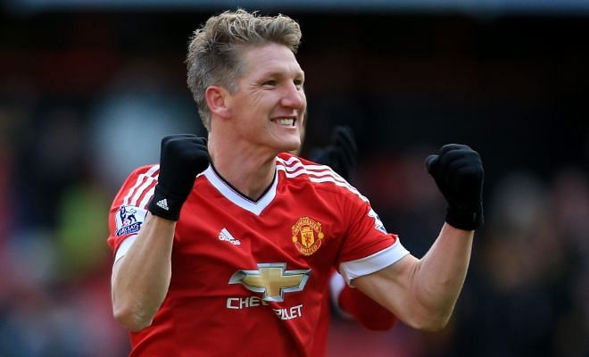 Bastian to Schalke?Manchester United's midfielder Bastian Schweinsteiger could be on his way back to Germany after FC Schalke are among the many clubs to show interest in the midfielder.