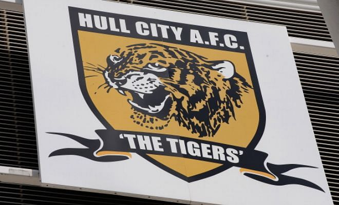 Forget buying players, we're buying a club!Investors from China and Hong Kong, including members of Dai family, table formal offer to buy Hull City - but other parties remain interested according to Hull Daily Mail.