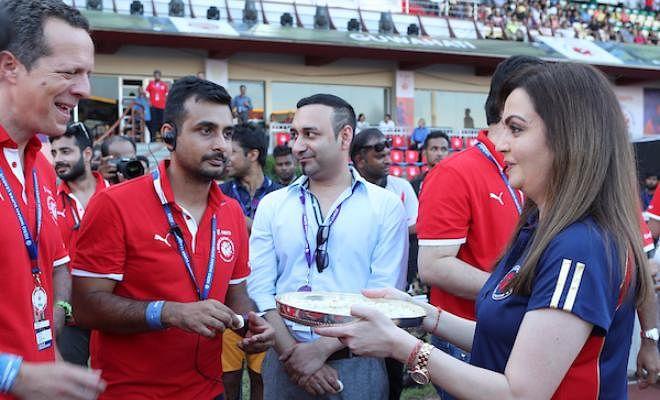 Sachin Tendulkar, Nita Ambani, MS Dhoni have all arrived at the venue.