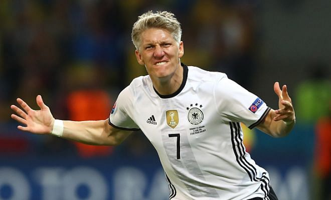 Lifeline for Schweini?Bastian Schweinsteiger has been offered a loan move by Galatasaray, according to Turkish newspaper AMK. The Turkish giants missed the chance to sign Lucas Leiva from Liverpool after Klopp stalled his move at the eleventh hour.