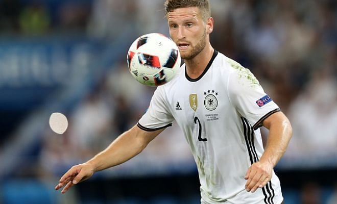 Mustafi problems!Arsenal are still in talks with Valencia over Shkodran Mustafi and fear a deal will not be in place before Saturday's trip to Leicester reports The Sun.