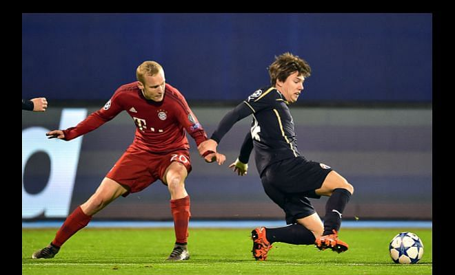 Tottenham and Everton target Ante Coric, big clubs could be involved.According to Sky Sources, the 19-year-old Croatian playmaker has got the attention from the Premier League clubs and Dinamo Zagreb have been subject to enquiry.Rumour has it that Manchester City are also tracking this move, with Zagreb willing to listen to offers.