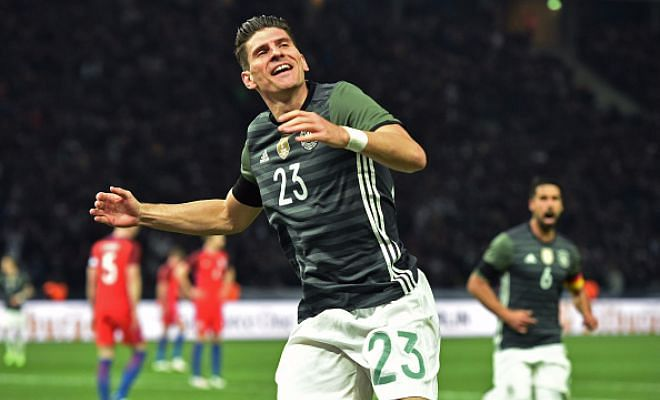 Barcelona close to signing Mario Gomez?!Barcelona have long been in the market for another forward and it is now believed that they have made German striker Mario Gomez their primary target. Somehow, I just do not see this happening