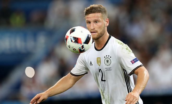 Evans or Mustafi?Arsenal want to sign either Jonny Evans or Valencia's Shkodran Mustafi in time for Sunday's Premier League opener against Liverpool report Daily Mirror. Arsenal fans, time to start praying its Mustafi!