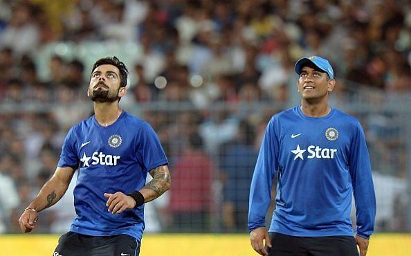 Kohli Dhoni India Cricket