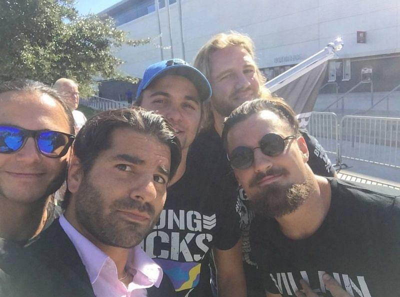 Jimmy Jacobs clicks a selfie with the Bullet Club