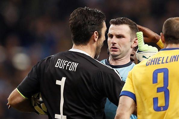 Gianluigi Buffon referee