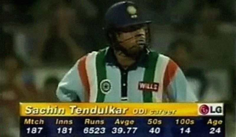 Sachin raised his bat briefly after the 100 and then got on with the chase