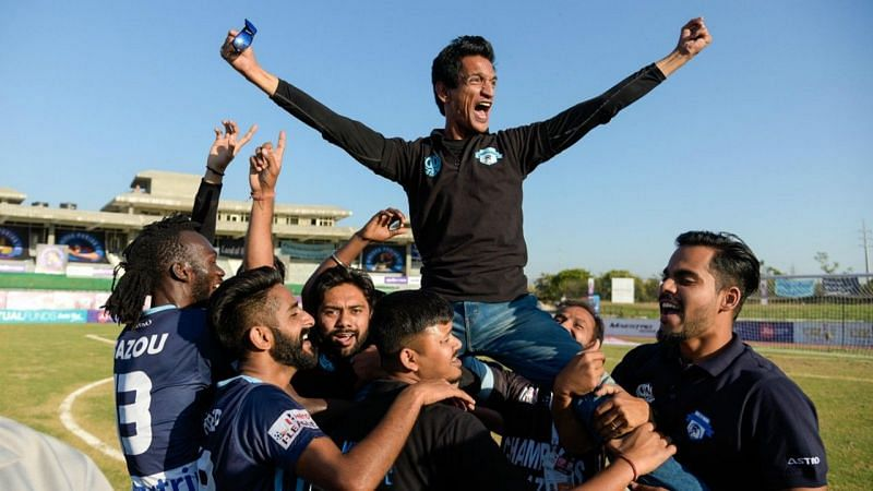 Minerva Punjab owner Ranjit Bajaj has accused East Bengal of approaching players without consent of the parent clubs.