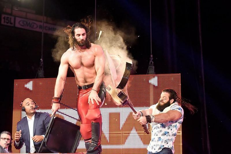 Rollins may get the better of Elias but likely because of some underhanded tactics. Image courtesy of cagesideseats.com