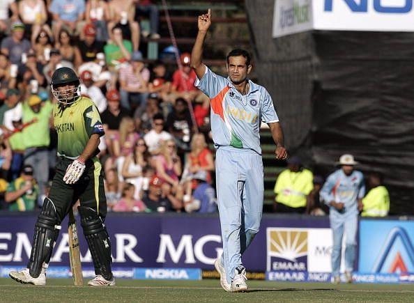 Indian bowler Irfan Pathan(C) celebrates