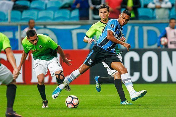 Gremio v Zamora - Copa Bridgestone Libertadores 2017