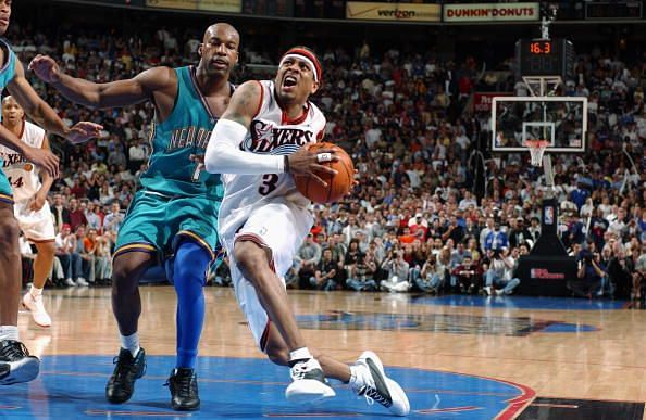 Allen Iverson drives to the basket