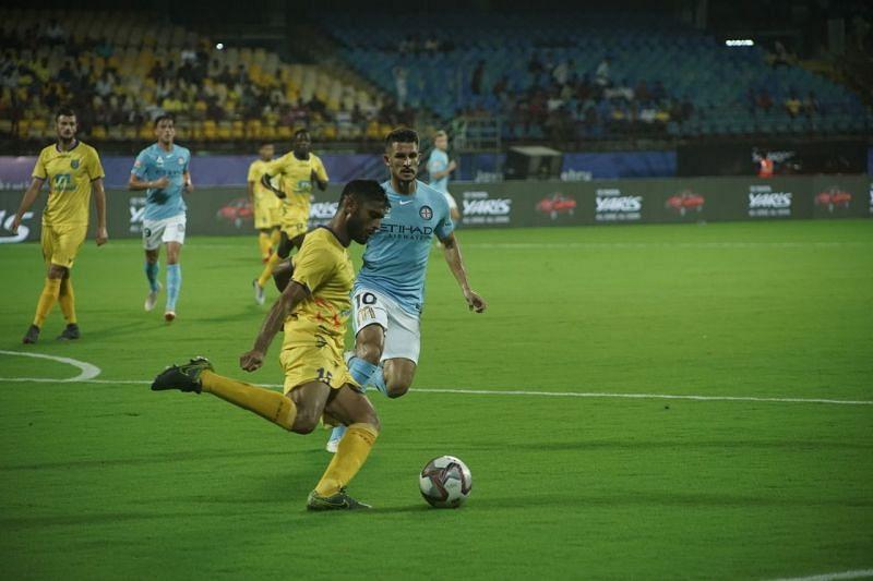 Anas Edathodika clears the ball during Kerala Balsters