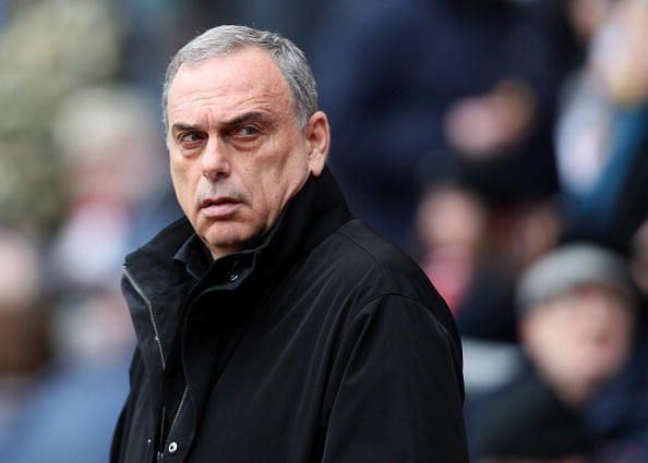 Chelsea manager Avram Grant looks on bef