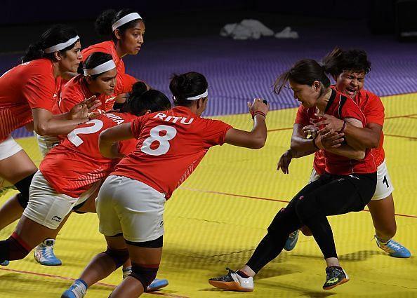 Sakshi Kumari (R) in action against Japan