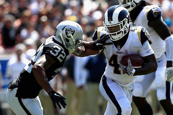 Oakland Raiders v Los Angeles Rams