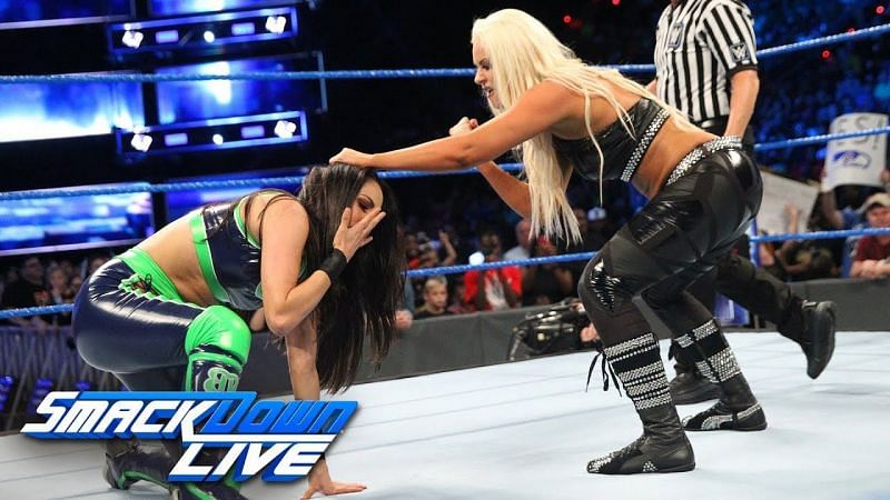 Image result for brie bella vs maryse