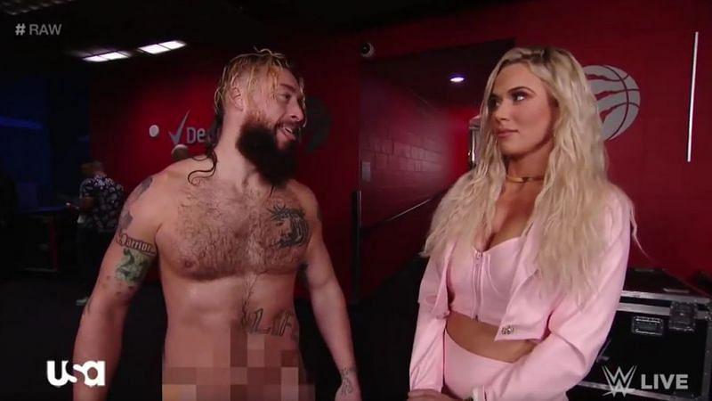 16 WWE Divas without makeup