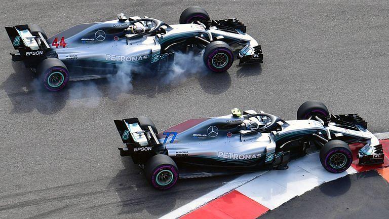 Bottas letting Hamilton pass at Turn 13 as ordered