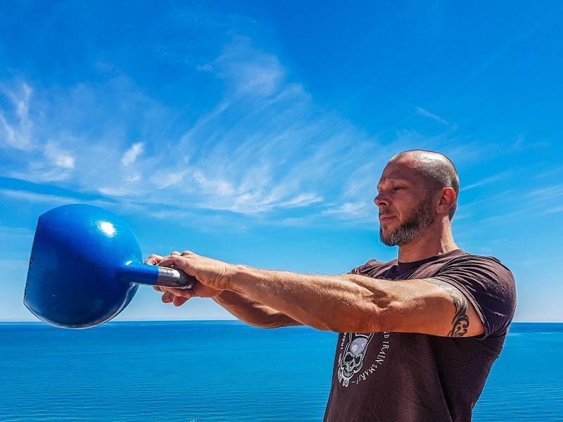 5 Best Hip Exercises For Men
