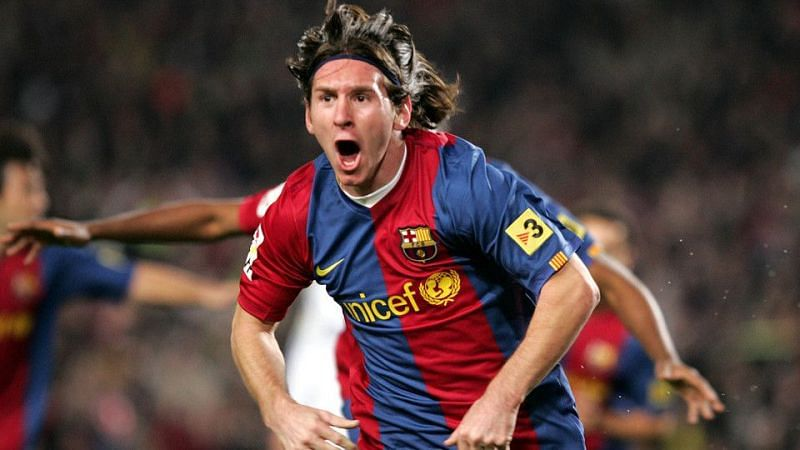 The announcement of Messi to the world