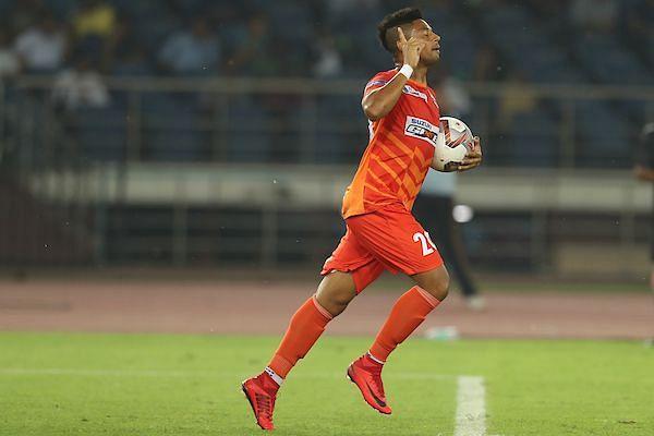 Diego Carlos celebrates his goal [Credits: ISL]