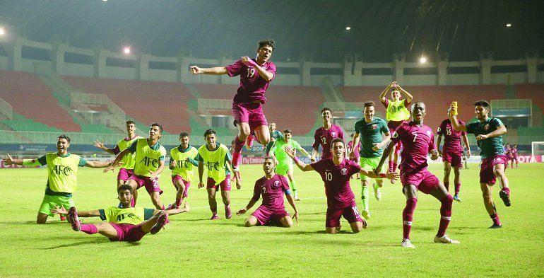 Qatar jubilant after entering the knockouts (Image Courtesy: The Peninsula Qatar)