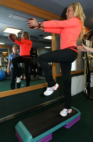 Natalie Gulbis Exercise Shoot