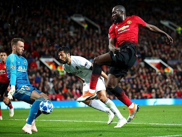 Manchester United v Valencia - UEFA Champions League Group H