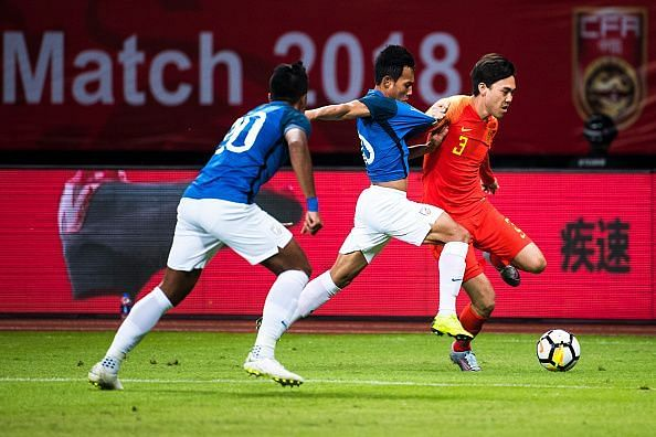 Li Xuepeng was a willing runner down the left flank for China