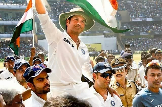 Kohli and Dhoni took Sachin on their shoulders