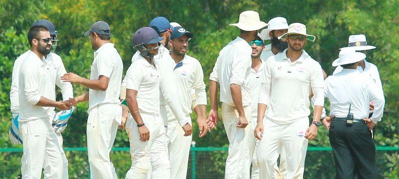 J&K team celebrating a wicket during Ranji Trophy 2017-18