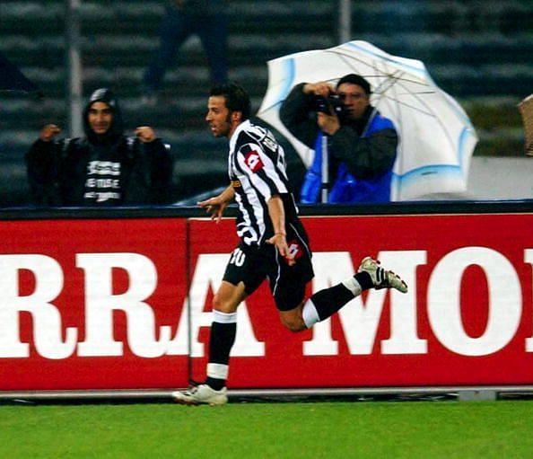 Alessandro Del Piero of Juventus celebrates scoring ...