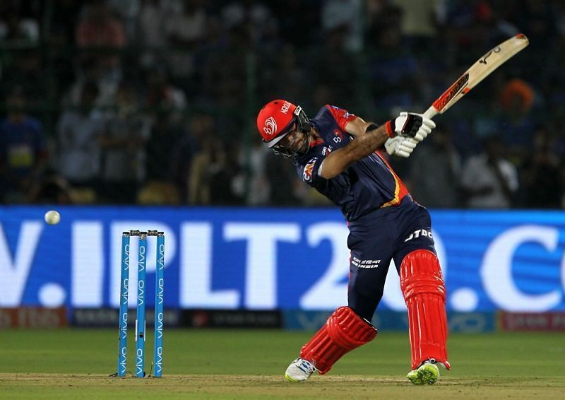 Which teams will eye on Maxwell for the coming IPL season?