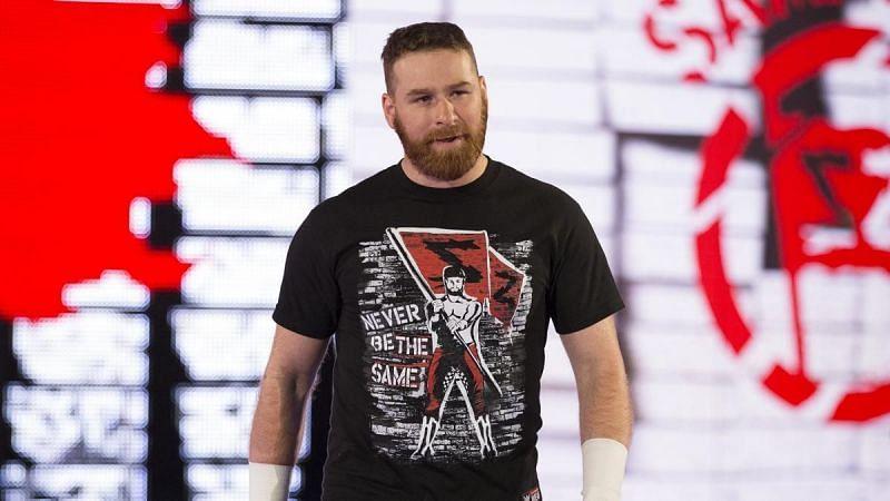 WWE Monday Night Raw: Kofi Kingston Wins Separate Matches