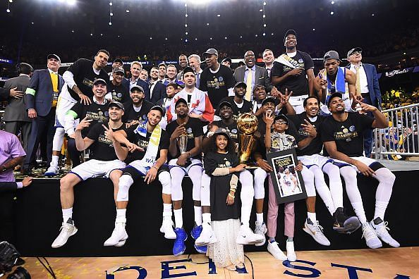 The Warriors in the trophy ceremony