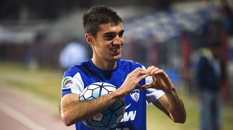 Dovale during his time in Bengaluru FC