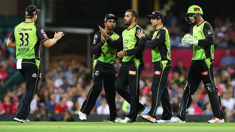 Sydney Thunder aim to consolidate top spot against Hurricanes