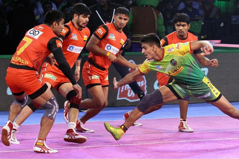 Manjeet picked up his first Super-10 against the Bengaluru Bulls