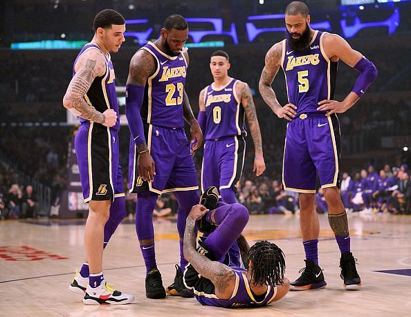 Lakers Starting Lineup Tonight Los Angeles Lakers Predicted Starting Lineup Against Miami Heat