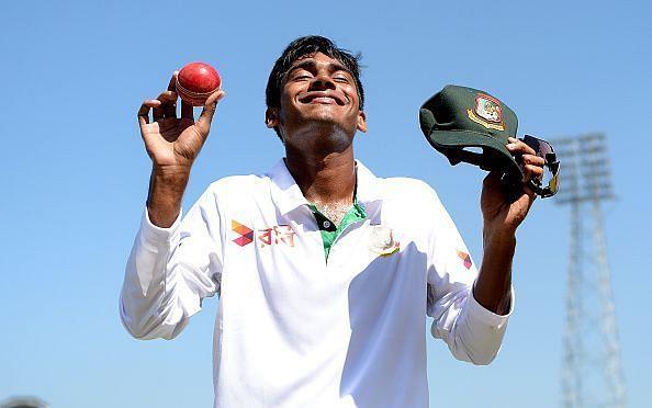 Bangladesh v England - First Test: Day Two