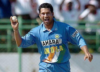 Sachin tendulkar 6 times picks 4 wicket haul