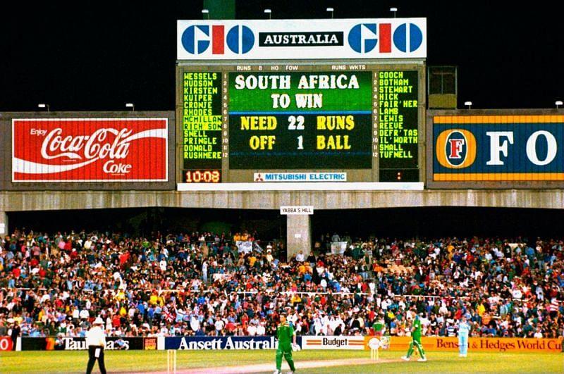 1992-ம் ஆண்டு உலக கோப்பை அரையிறுதி போட்டி